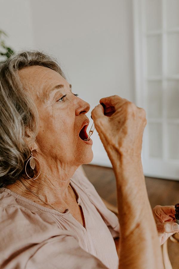 Using CBD to Treat Menopause Symptoms